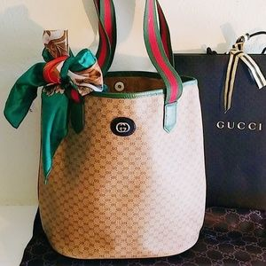 Gucci Lg Shoulder Bag & MORE !!
